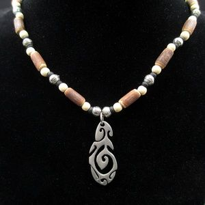 Jewelry - Vintage 18 Inch Rustic Wooden Pendant Necklace